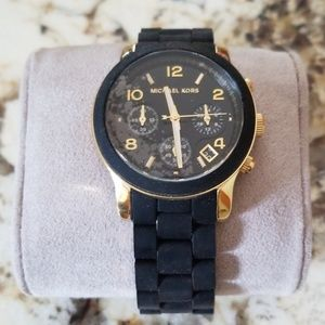 Authentic MICHAEL KORS Watch NWT